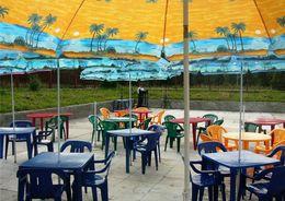 ЗакС принял проект о размещении летних кафе у НТО