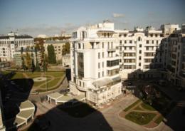 Крестовский остров лидирует по предложению «элитки»