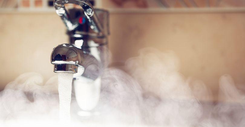 Минздрав одобрил снижение температуры горячей воды для потребителей
