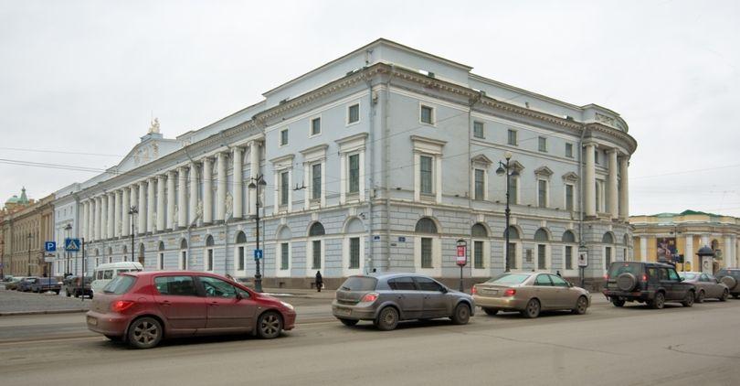 Реконструкция здания РНБ на Невском обойдется в более чем 200 млн рублей