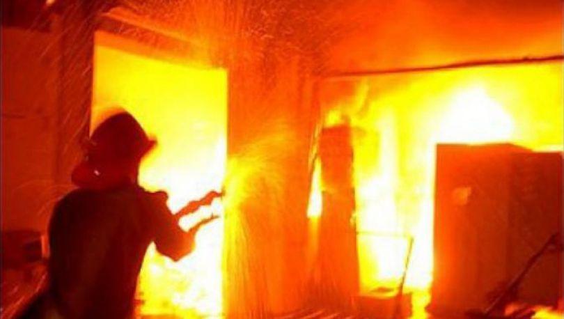 В Петербурге ночью потушили пожар в пабе