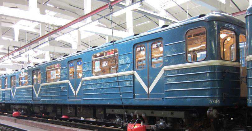 Метрополитен купит вагон - лабораторию за 121 млн рублей