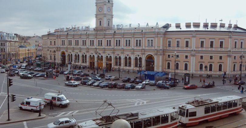 Парковка у Московского вокзала передана СПб ГКУ «Городской центр управления парковками»