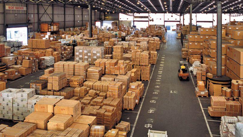 Производители могут занять склады вместо ритейлеров