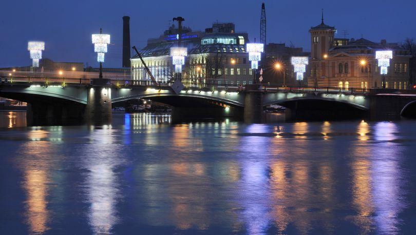 Сампсониевский мост закроют для движения