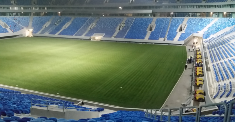 На стадионе на Крестовском смонтировали полигон для испытаний поля стадиона