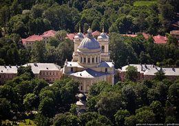 В Александро-Невской лавре реставрируют Митрополичий сад