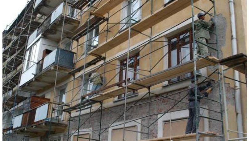 В 2016 году в 1 388 петербургских домах проведут капремонт