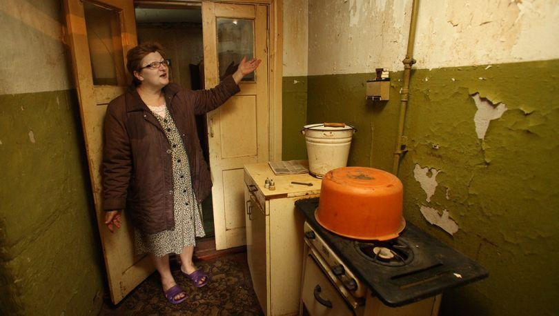 Жителей некоторых аварийных квартир могут переселить в маневренный фонд