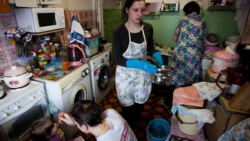 В Петербурге осталось менее 50 тысяч коммуналок с очередниками
