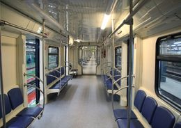 Смольный закупит новые вагоны для метро