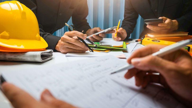 Компенсационные фонды саморегулируемых организаций строителей РФ можно размещать в 15 банках