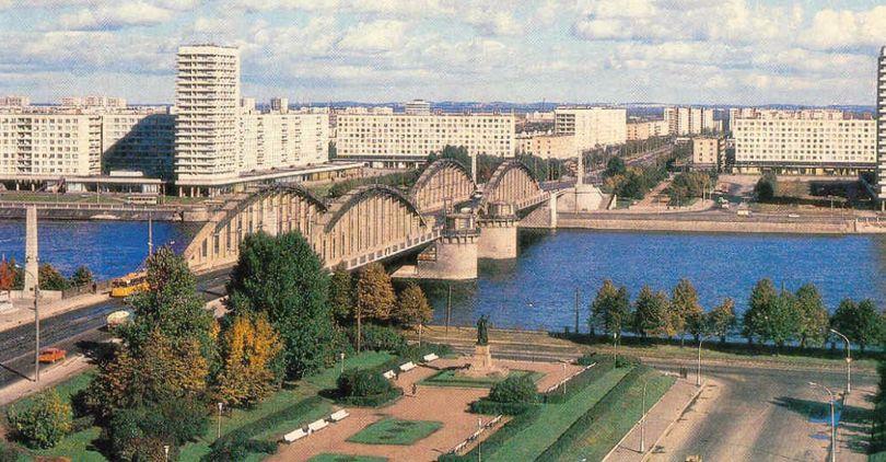Арочные фермы Володарского моста выставлены на реализацию