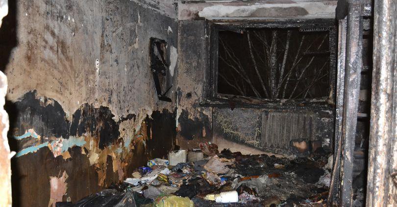 В пожаре на Искровском погибли два человека