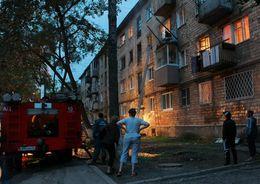 15 человек эвакуировали из горящего дома в Петроградском районе