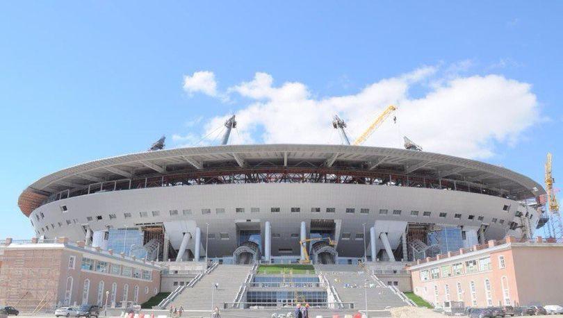 Стадион на Крестовском острове подсветят за 156 млн рублей