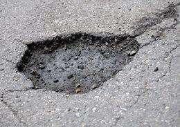 Чиновники Приморского района «отремонтировали» дорогу фотошопом