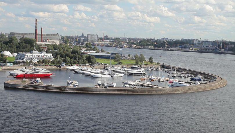 Яхт-клуб на Петровской косе предлагают сделать общественным пространством