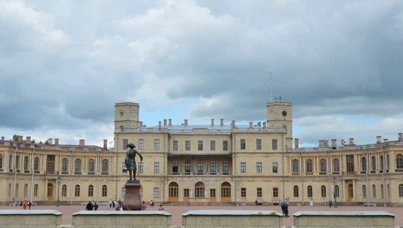 В Гатчинском дворце отреставрируют Мраморную лестницу