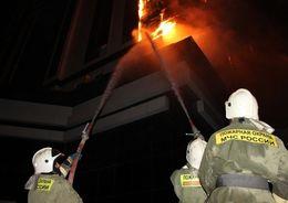 В Осиновой Роще тушили пожар в высотке