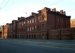 КГИОП выдал предписание об остановке сноса корпусов казарм Новочеркасского полка