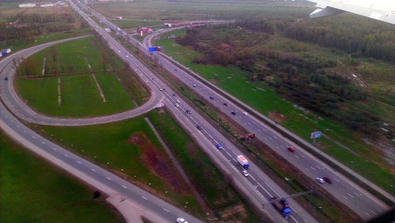 На Пулковском шоссе ограничат движение