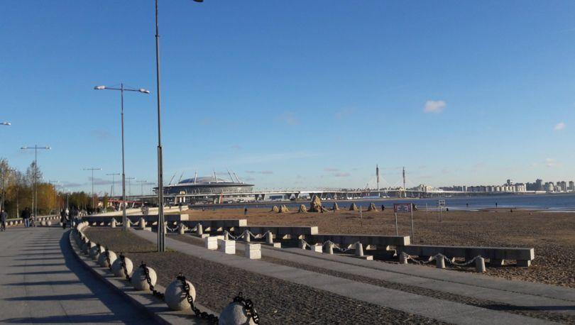 пляж у Парка 300-летия Санкт-Петербурга