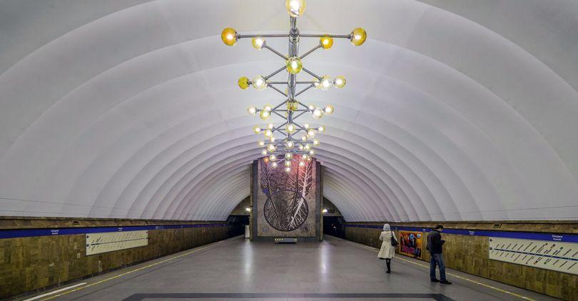 ВПетербурге ограничат вход надве станции метро из-за ремонта