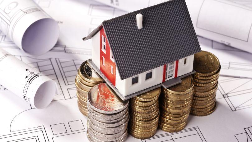 Мень: Сильного удешевления жилья не будет