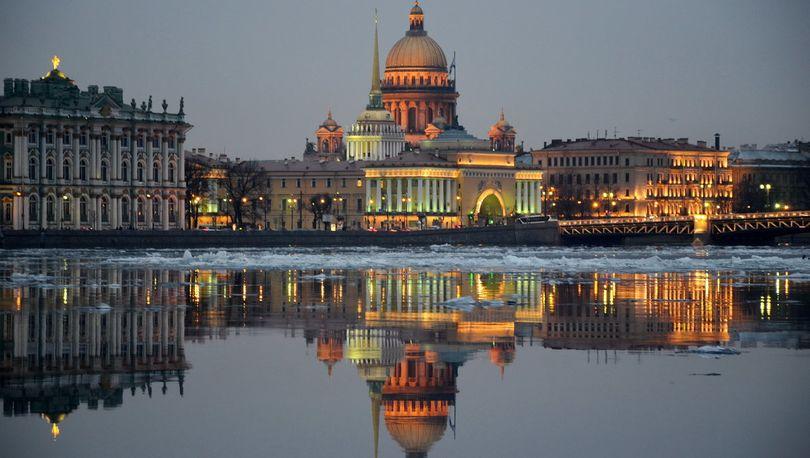 Петербургу выделят более 10 млрд рублей