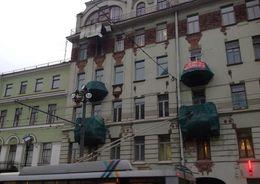 В доме на Казанской площади обрушился балкон