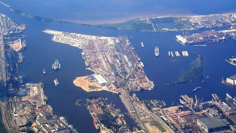 Контейнерную площадку в порту расширит Трест №68