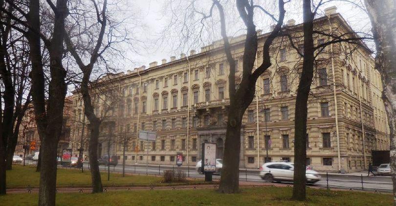 В Петербурге стало больше памятников