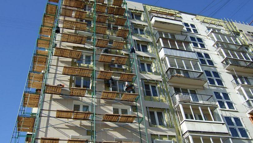 Подрядчиков капремонта жилых домов выберут через госзаказ