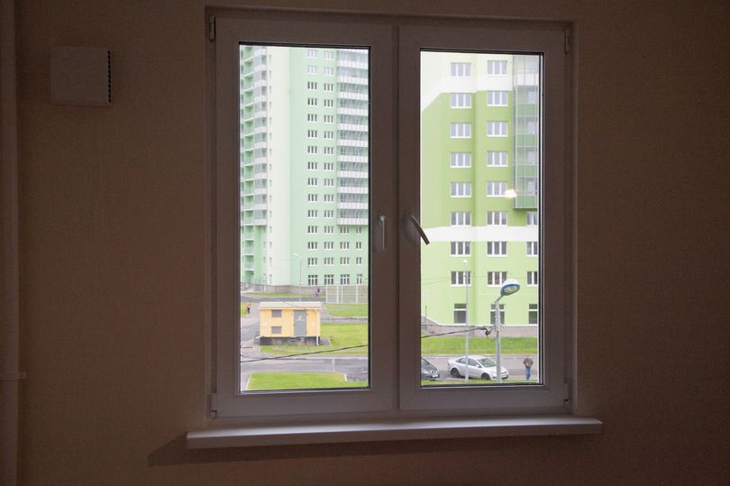 комната с окном