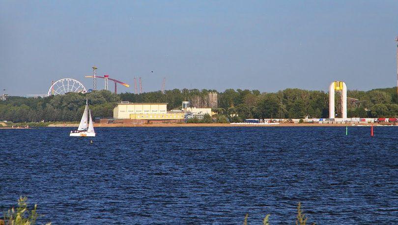Прибрежную часть Приморского парка Победы на Крестовском преобразят к ЧМ - 2018