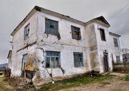 25 регионов страны нарушают реализацию программы переселения граждан