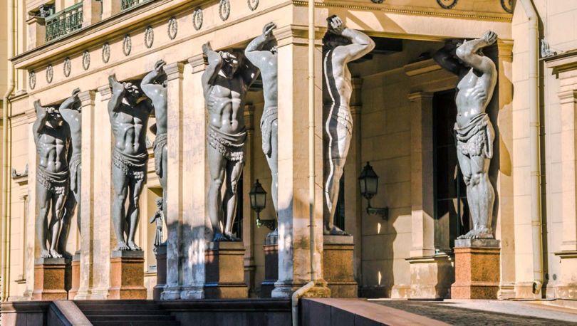 Исторический зал Эрмитажа реставрируют за60 млн. руб.