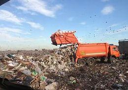 В течение 10 лет весь мусор Петербурга будет вывозить единственный оператор