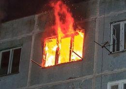 Из-за пожара в доме на Новоизмайловском эвакуировали 12 человек