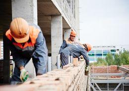 Комитет по строительству с начала года заключил контракты на 7,2 млрд рублей