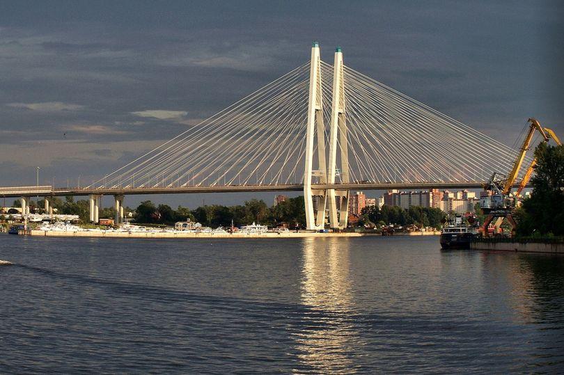 Большой Обуховский мост вошел в топ-пятерку  конкурса «Самый красивый мост России»