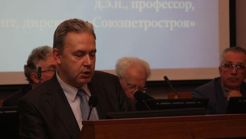 Вячеслав Захаров