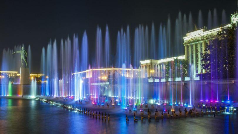 фонтанный комплекс на Московской площади
