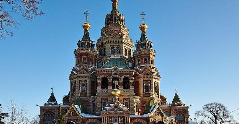 На главках храма Петра и Павла отреставрируют окна