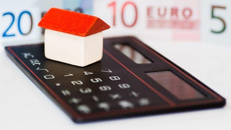 Средняя ставка по ипотеке снизилась до 14,41%