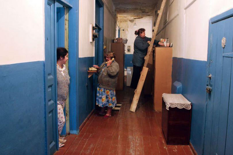 Во Фрунзенском районе расселили более 300 коммуналок
