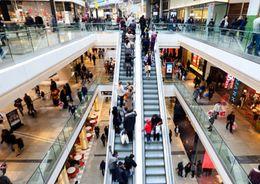 В Петербурге остаются вакантными 7,5% торговых площадей