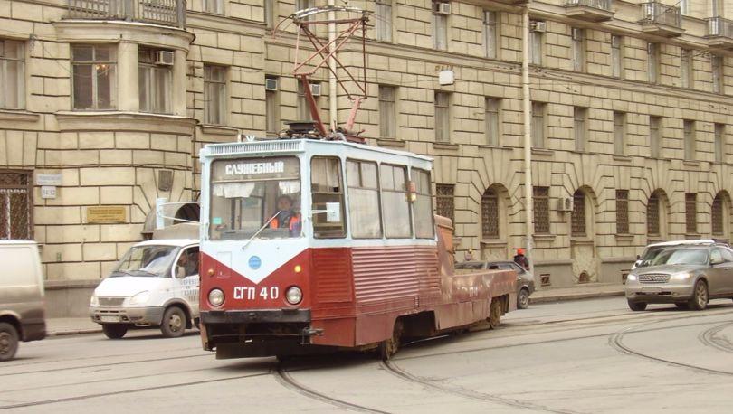 трамвай на развилке