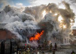 На улице Курчатова горел склад завода «Реконд»